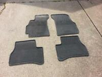 2004 Hyundai front and rear floor mats used