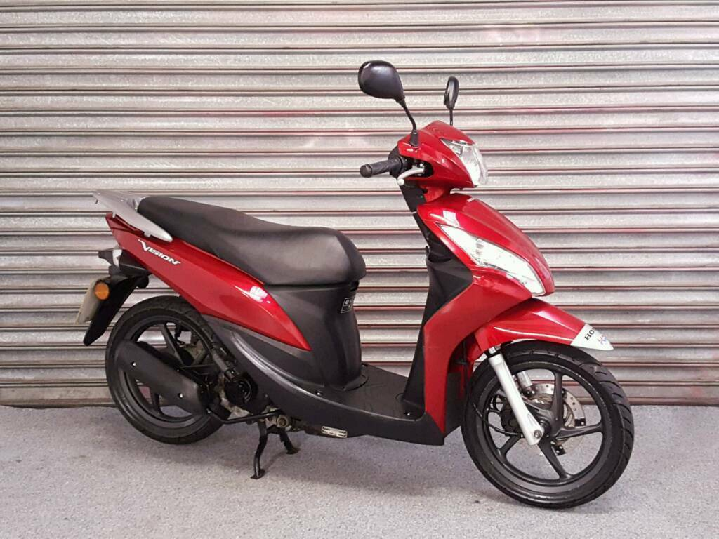 2013 honda vision 50cc scooter fsh long mot in taverham norfolk gumtree. Black Bedroom Furniture Sets. Home Design Ideas