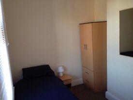 Single Room   Great Location