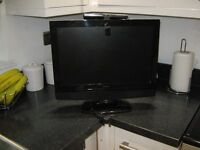 """FOR SALE 17"""" TV WITH FREE VIEW £50"""