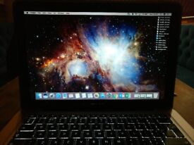 """MacBook Pro 13""""- Core i5 500GB SSD 8GB Ram with box and Diesel sleeve. Very Good Condition."""