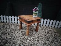 INDONESIAN COFFEE/SIDE TABLE VERY SOLID TABLE AND IN GOOD CONDITION 44/44/40 cm £15