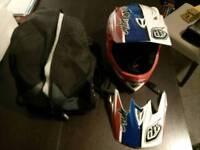 Troy Lee Designs D3 helmet - medium