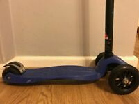 Maxi Micro Scooter (Very Good Condition)