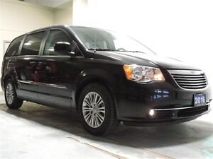 2016 Chrysler Town & Country Touring-l $223.05 Bi-Weekly for 72