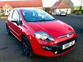 FIAT PUNTO EVO 1.4 GP 3d 77 BHP GREAT FIRST CAR, FULL HISTORY (red) 2010
