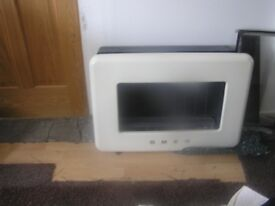 SMEG Flueless wall mounted gas fire. Excellent condition