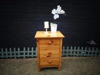 SOLID PINE BEDSIDE CABINET VERY SOLID AND IN EXCELLENT CONDITION 43/40/61 cm £20