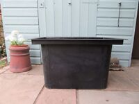 Water Feature Reservior Tank - Heavy duty with strong metal cover to allow for pump access