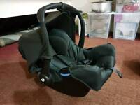 IMMACULATE -- Joie Gemm Baby Car Seat