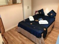 === Double room for single person available now in Willesden High road ===