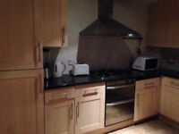 2/3 bed flat in Tower Bridge ideal for sharers