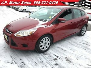 2014 Ford Focus SE, Auto, Heated Seats, Only 18, 000km