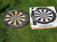 Winmau diamond BDO with box dartboard - great condition - never used