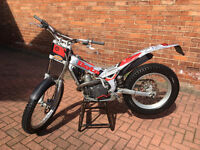 Beta Rev 3 250cc Trials Bike ROAD REGISTERED 2006 ****If you messaged earlier, please do so again**