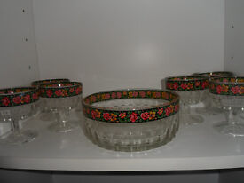 Trifle Dish with 6 bowls