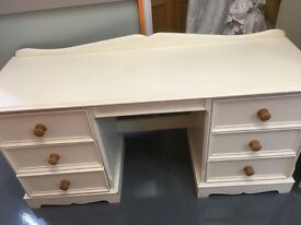 Bringy Pine solid wood dressing table