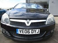 VAUXHALL ASTRA 2.0 i Design Twin Top 2dr (black) 2006