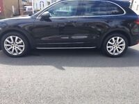 4 x Genuine Porsche Cayenne 20inch alloy wheels with 3 Months old Pirelli Scorpion Tyres