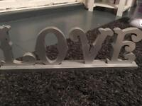 Love sign shabby chic