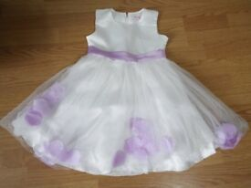 Girls Bridesmaid/Party Dress age 4/5