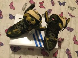 Adidas Jeremy Scott Camo Bear trainers size 6 (brand new, excellent condition and so fluffy!)