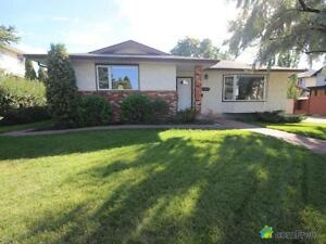 $520,000 - Bungalow for sale in Brookside
