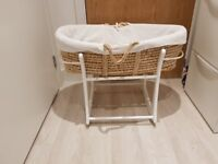 Moses basket with new mattress - Excellent condition