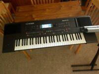 ROLAND E600 Intelligent Keyboard & Stand