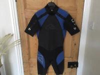Quiksilver wetsuit - shorty shoulder zips