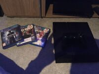 Ps4 with 3 games £200