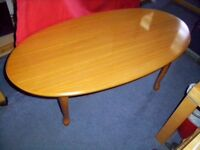 Oval Coffee Table H40 x 106 x 54 cm