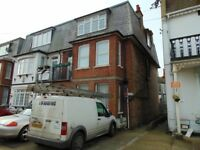 NEWLY REFURNISHED 3 BEDROOM PENTHOUSE,MINS FROM THE BEACH AND CLAPTON TOWN CENTRE