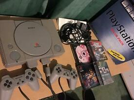 PlayStation 1, 2 controllers, 4 games, boxed