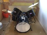 Stagg Drum Kit with silencer pads, stool, flocked drum bags for all drums & drum pad
