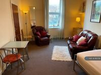 1 bedroom flat in Peel Street, Liverpool, L8 (1 bed) (#1183792)