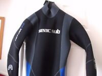 Seac Sub 2 Piece Semi Dry Wetsuit with Flippers, Snorkels and Masks.