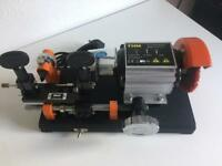 THM K47 Cylinder Key Cutting Machine