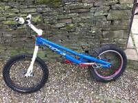 Zoo trials bike
