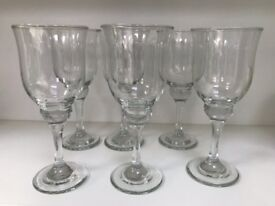 6 Tulip Style Wine Glasses