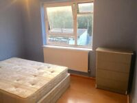 DOUBLE ROOM TO LET IN WALTHAMSTOW E17 (Zone 3)