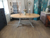 Gorgeous shabby chic extendable farmhouse dining table