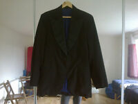 Black men's jacket with blue lining