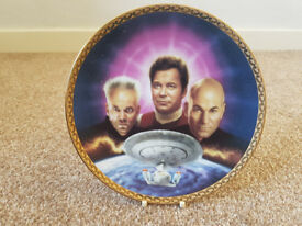 Collectable Star Trek Plates and Sir Patrick Stewart memorabilia