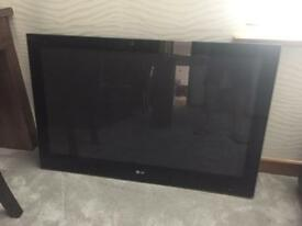 "LG 42PQ6000 42"" Plasma Flat Screen TV, excellent condition with remote etc"