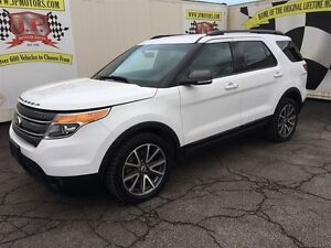 2015 Ford Explorer XLT, Automatic, Reverse Camera, 4*4