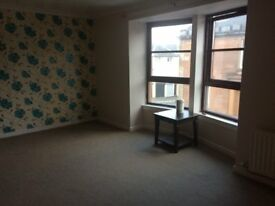 Greenock Central 2 bedroom flat to let - immediate entry