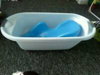 Baby bath tub with baby support bath seat