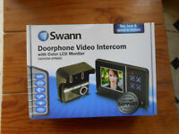 Swann Doorphone Video Intercom with 3.5-inch Colour LCD Night Vision Camera