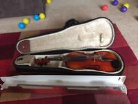 1/2 size violin, excellent condition, Suitable for ages 7-9